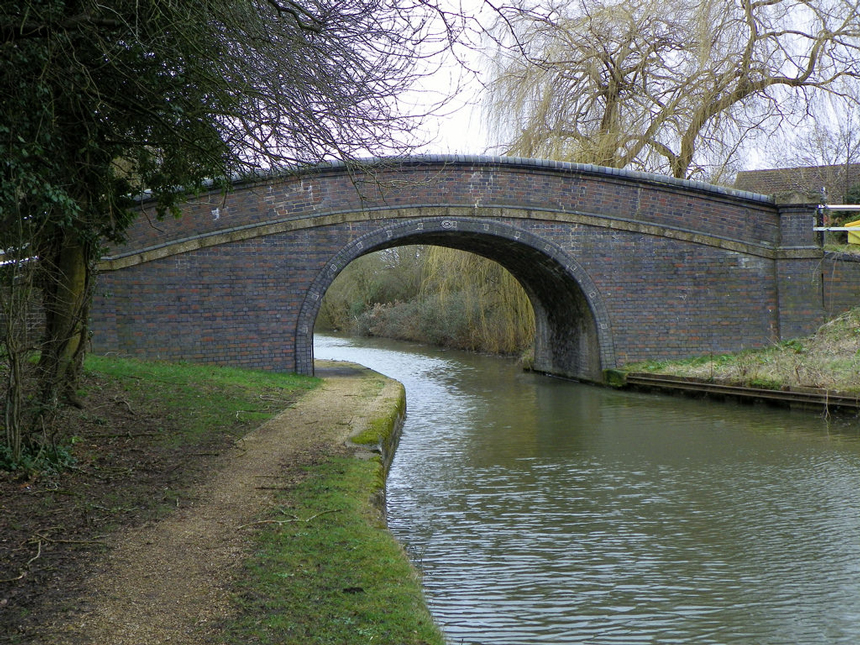 Grand-Union-Canal-Milton-Keynes