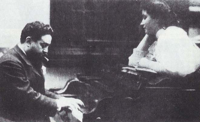 Albéniz_with_his_daughter_Laura